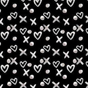 Hearts and dots black