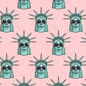 """(1.75"""" scale) Statue of Liberty - with sunnies on pink - LAD20BS"""