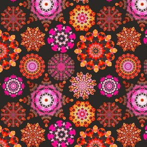 Mini Kaleidoscope jewels - pink,red,orange