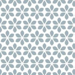 Star Petals - Dove Blue / White (large)