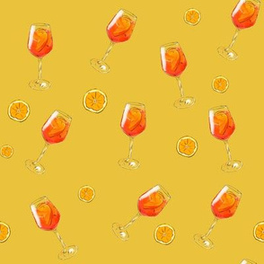 Cheers in Aperol Spritz