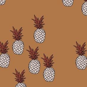 Pineapple garden irregular pineapples fruit for summer neutral cinnamon brown maroon white