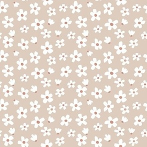 Ditsy micro // Daisy garden Sand Dollar