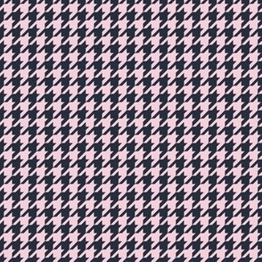 Classic Houndstooth in Pink and Navy Paducaru