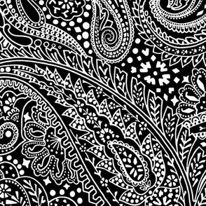 Large Paisley Positivity black white