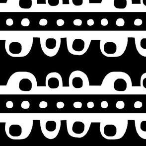 Bumpy Stripe (black & white)