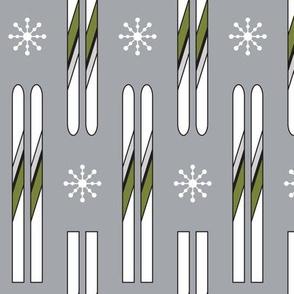 Vintage Skis (Olive Pop)