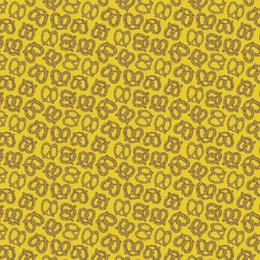 Pretzels on Gold: Small