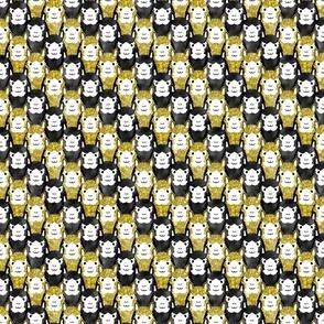 Small Alpaca pride - gold stripe