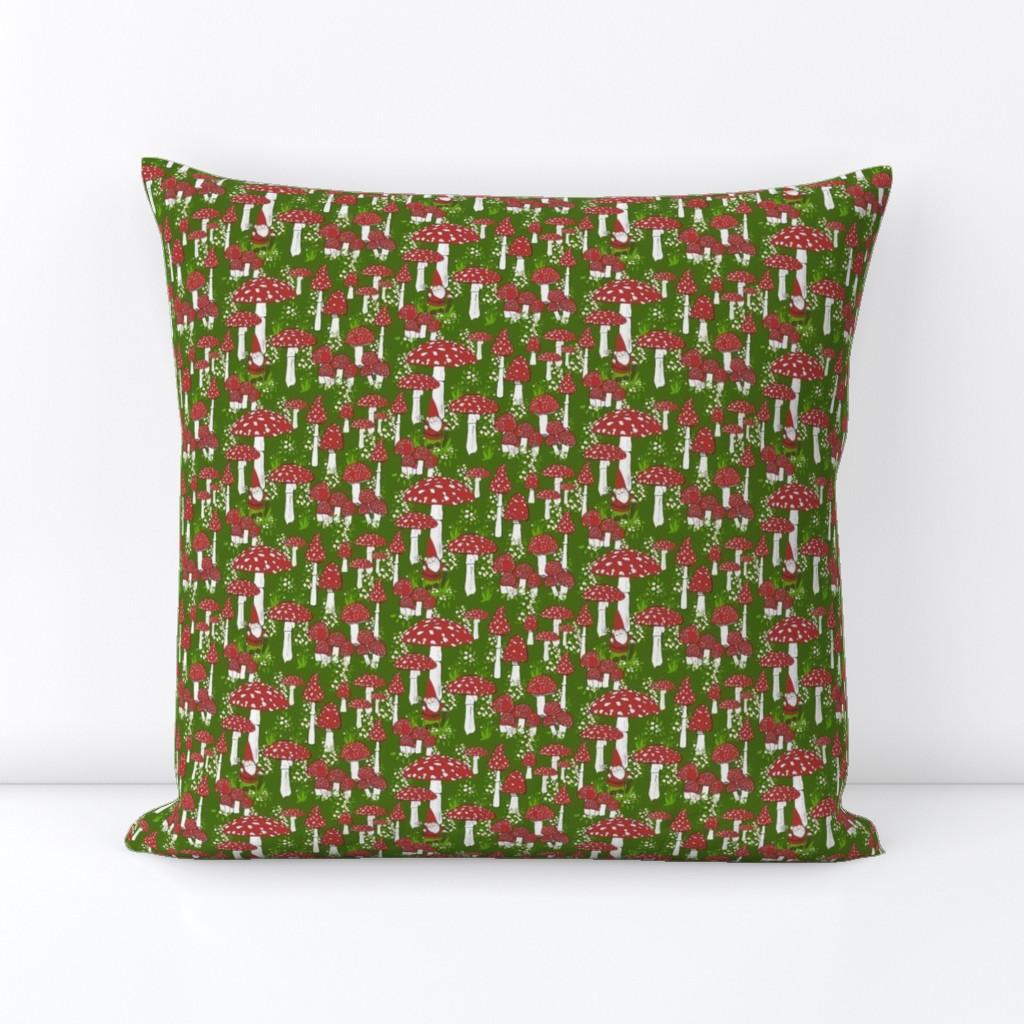 Novelty Throw Size Owl Hedgehog Gnome Mushrooms Trees Flowers Holly Stars Woodland Wonderland Quilt