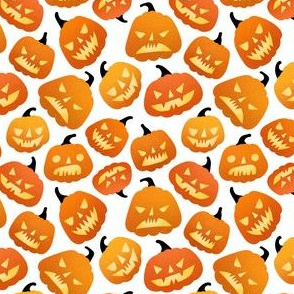 Small scale / halloween pumpkins white background