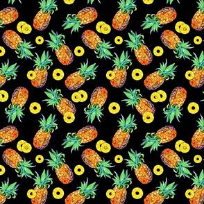 Small Pineapple toss-on black
