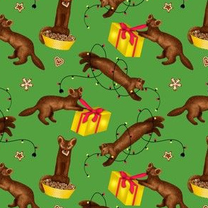 Sables' Christmas Mischief (Green Background) – Small Scale