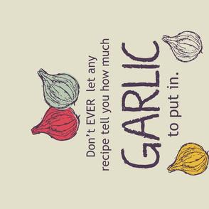 I heart garlic - tea towel