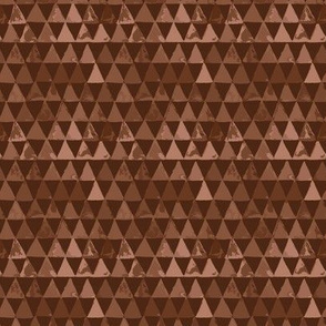 Triangles_brown