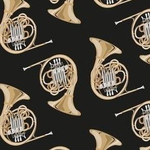 horn on black