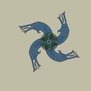 Germantic Animal Head - tan blue green spinner