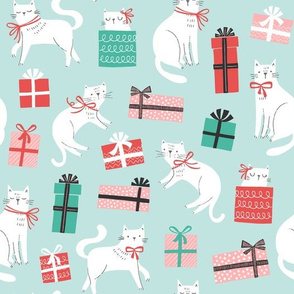 Christmas Cats & Presents in Mint