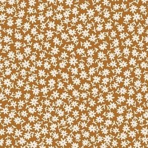 Disty floral cream on golden mustard brown
