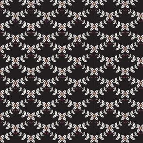 Scallop Vine Black & White