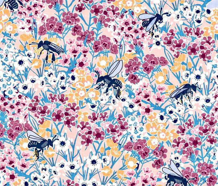 Tiny pollinators