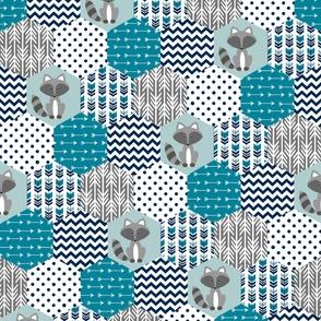Hexagon Quilt - Racoon