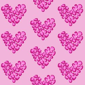 Leopard hearts - pink medium