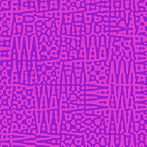 zigzag checquer in purple and hot pink - Turing pattern 1