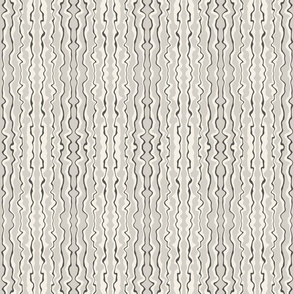 Ripples-Cream vertical (medium scale)