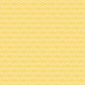 two-tone geometric pattern 4 in yellows