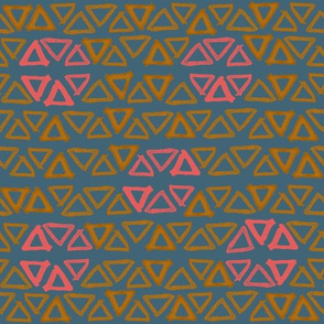 triangle pattern with circles