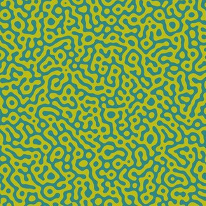 squiggle Turing pattern #7 - teal and wasabi