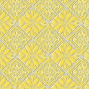 Hawaiian Quilt: Yellow & Gray
