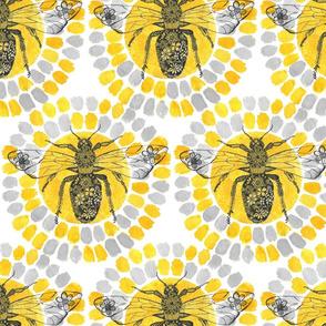 Queen_Bee_Medium