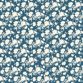 """Cotswold Flowers - romantic blue (4"""")"""