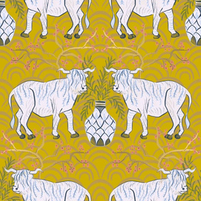 Chinoiserie Oxen in gold (large