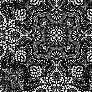 Mosaic Bandana - Small - black white