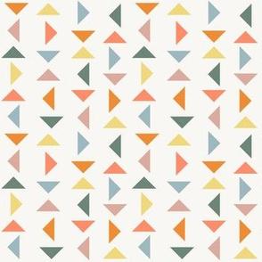 Triangle Line Dance - Off-White