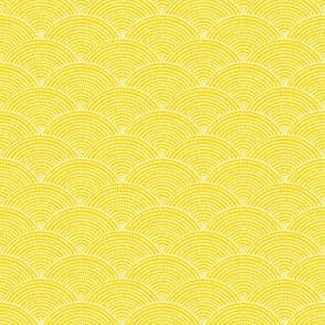 sunflower yellow dot scallop // yellow and white pattern