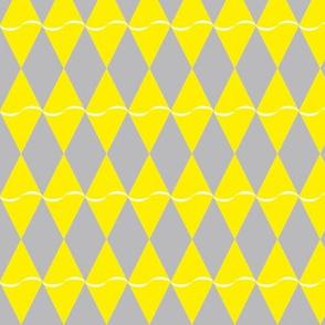 Diamond with undulating stripe - yellow on gray