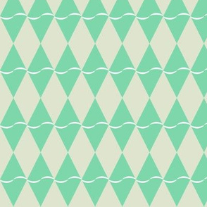 Diamond with undulating stripe - green on beige