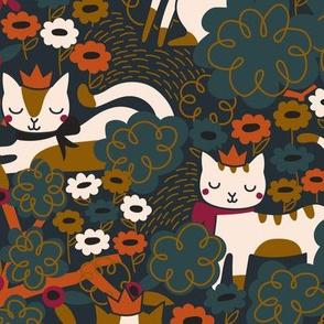Queen Bee Yard Cat // LARGE