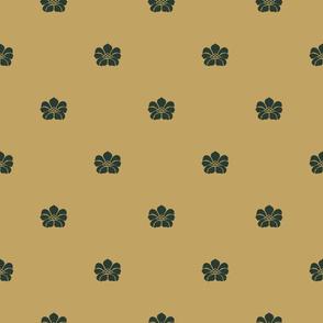 Floral Sparse - Medium - Evergreen, Gold