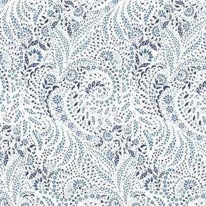 Small Paisley Garden Grows - white and blue