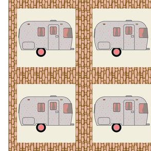 Cheater Quilt, Fill-a-Yard - Airstream2_Pink