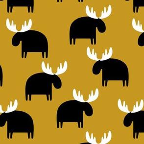 Moose on mustard