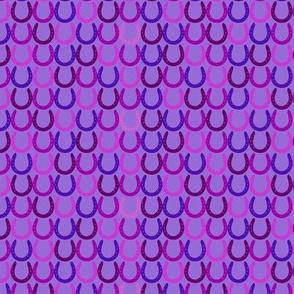 Horseshoes purple small