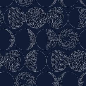 MOONS PHASES SASHIKO OUTLINE BLUE