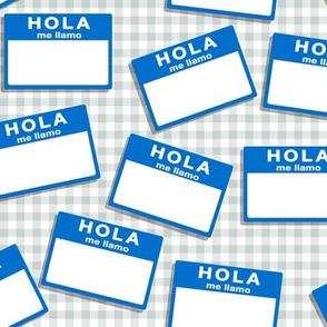 insignia hola me llamo - blue on grey
