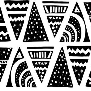 Aztec black small
